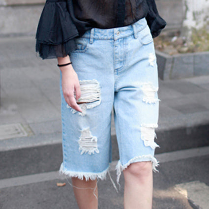 HYPE Distressed Denim Mid-length Shorts