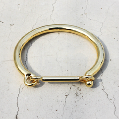 CELINA Gold Latch Bangle