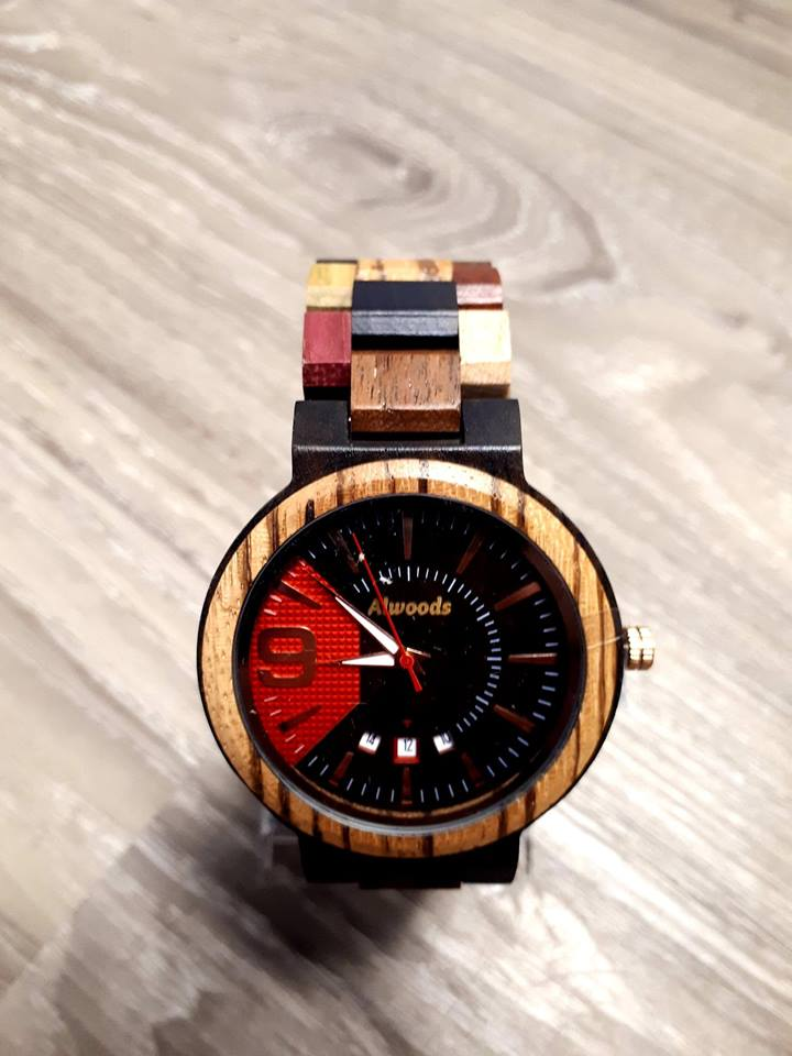 Mens wood watch. Multi colors