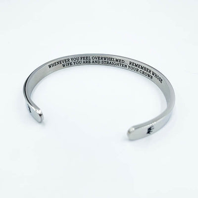 """STRAIGHTEN YOUR CROWN"" Armband"