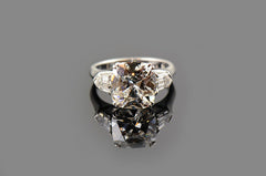Cushion Shaped Diamond Ring