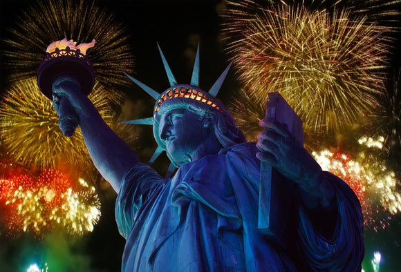 SKU : 20373 - Statue of Liberty Fireworks - Motion Postcard