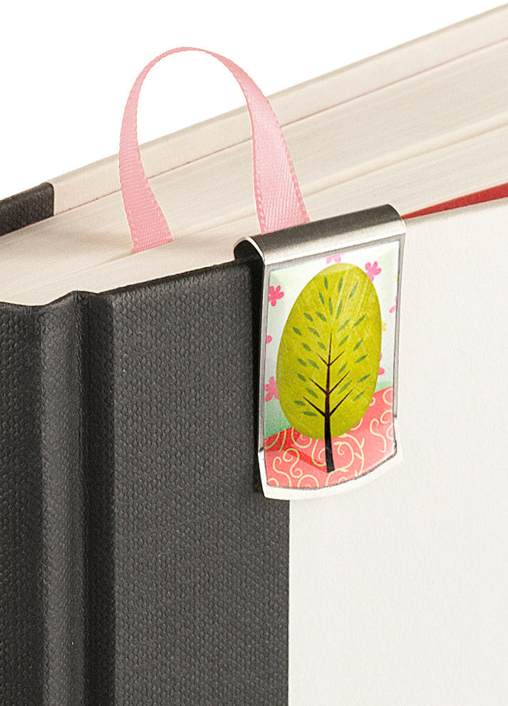 Spring Bookmark up close