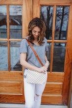 Load image into Gallery viewer, Downtown Crossbody- White