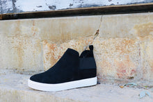 Load image into Gallery viewer, Diana Sneaker- Black