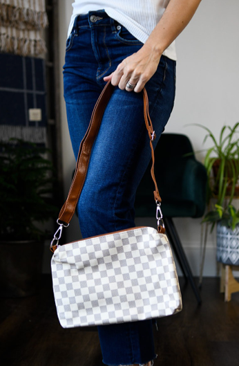Downtown Crossbody- White
