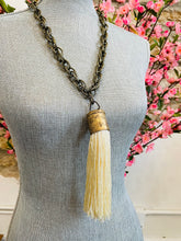 Load image into Gallery viewer, Spring Tassel Necklace-Ivory