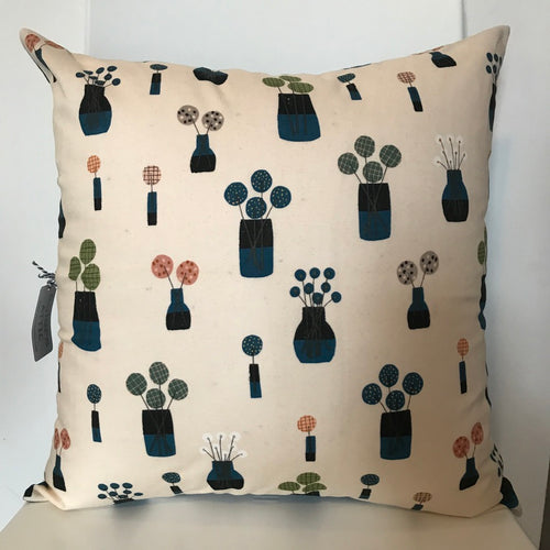 Vases Cushion