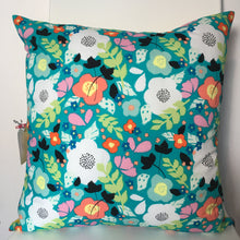 Load image into Gallery viewer, Floral Burst Cushion