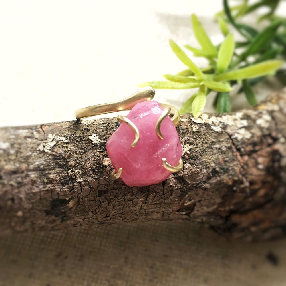Raw Pink Ruby Crystal Gold Ring - Pink Sapphire Ring - Adjustable July and September Birthstone Ring