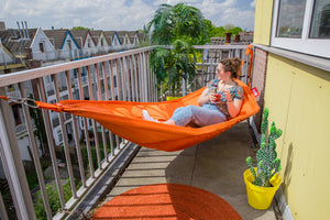 Fatboy Headdepleck Hammock - On the Balcony