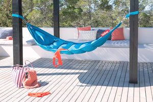 Fatboy Headdepleck Hammock - By the Pool