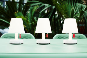 Fatboy Edison the Mini Lamps on Toni Tablo Dining Table