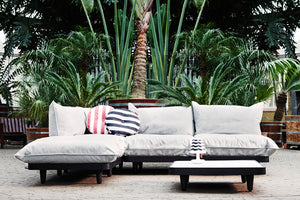 Fatboy Paletti Lounge Set Outdoors with Circle Pillows