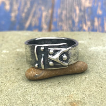 Load image into Gallery viewer, Asymmetrical Abstract Chevron Dot Sterling Silver Ring
