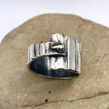 Load image into Gallery viewer, Asymmetrical Abstract Dot Sterling Silver Ring