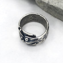 Load image into Gallery viewer, Asymmetrical Wrap Sterling Silver Lines and Dots Ring
