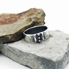 Load image into Gallery viewer, Between Two Lines Ring Band Sterling Silver