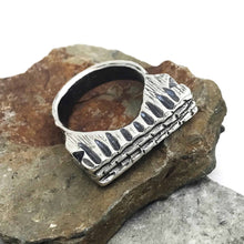 Load image into Gallery viewer, Chunky Trenched Sterling Silver Ring