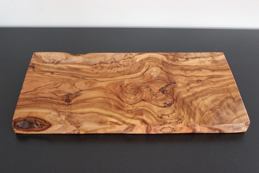 Olive Wood Board – Julia Paul POTTERY/PILLOWS