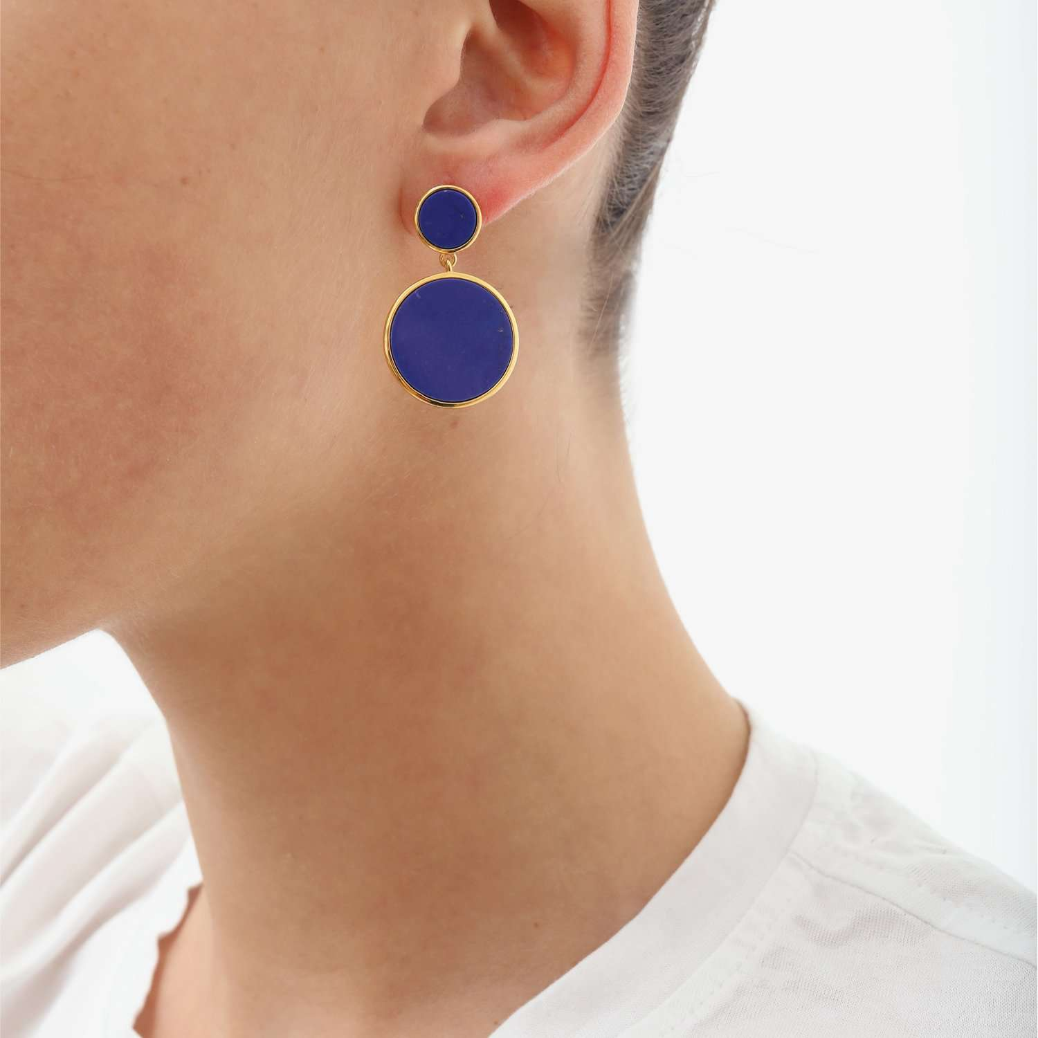 Find out capsule pair Earrings
