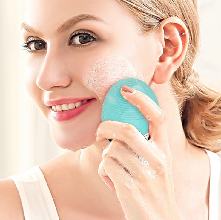 3-in1 Wireless Charging Ultrasonic Silicone Face Cleansing Brush