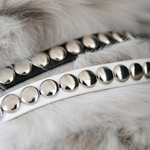 Bracelet with big round rivets