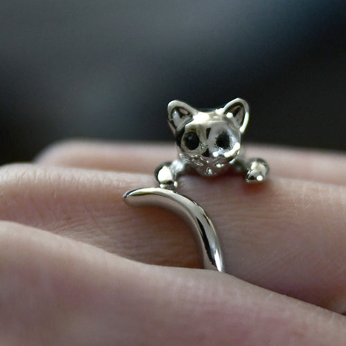 Silver colored finger ring, CAT hugging your finger