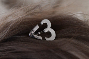 Platinum finger ring, <3 (The internet heart)