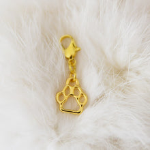 Load image into Gallery viewer, Pendant with clasp, Golden PAW