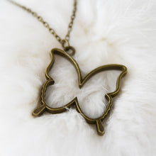 Load image into Gallery viewer, Vintage necklace, simple, BUTTERFLY