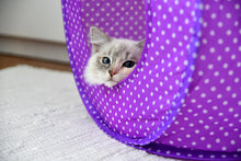 Load image into Gallery viewer, Polka dot cat tent with my Fur ball toy as add on