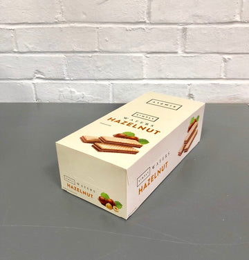 Case of Simply Hazelnut Wafers 45g - 20pcs