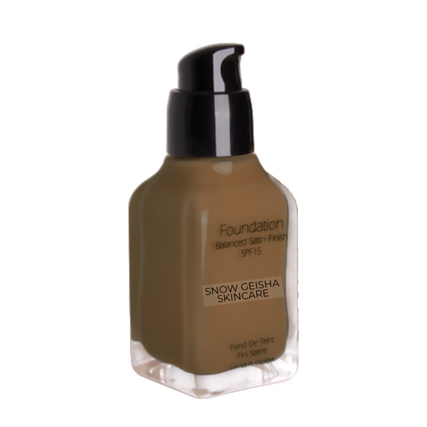 Balanced Satin Finish Foundation SPF 15 '125'