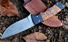 Load image into Gallery viewer, Custom Handmade Damascus Steel Hunting/Skinning Knife