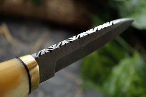Custom hand made Damascus steel Hunting/Skinning/Camping Knife