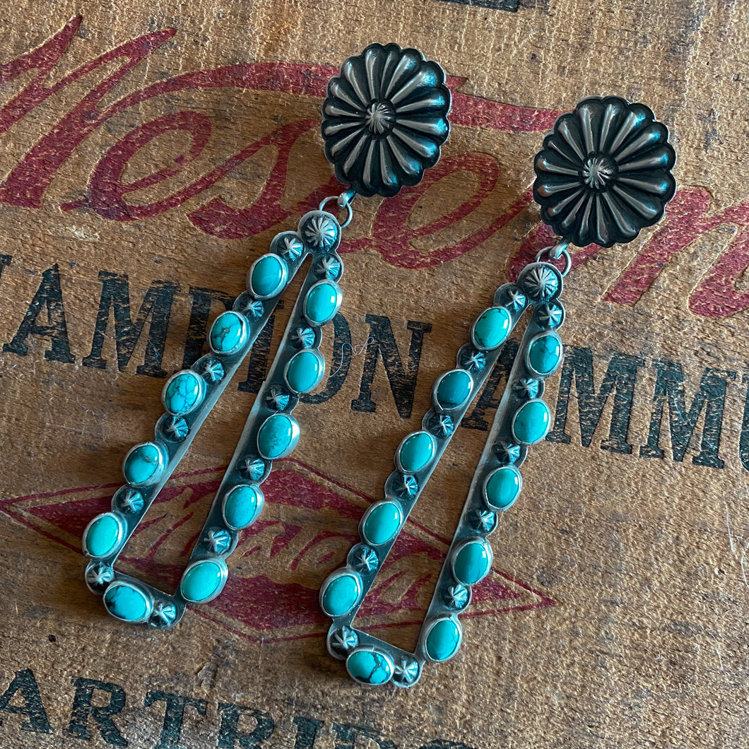 Women's Crew - Just A Girl Who Loves Cows (Black)