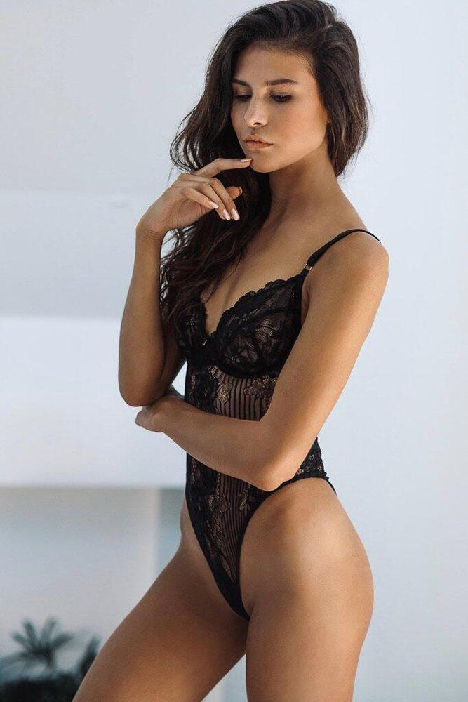 Sexy Black Yummy Scalloped Lace Teddy Lingerie