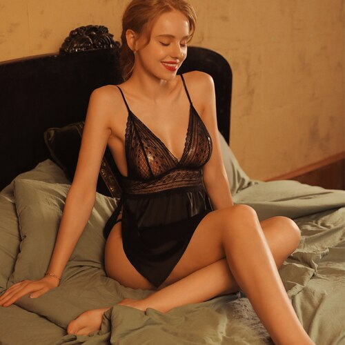 Women's Sexy Lace Silk Side Slit Sling Nightdress