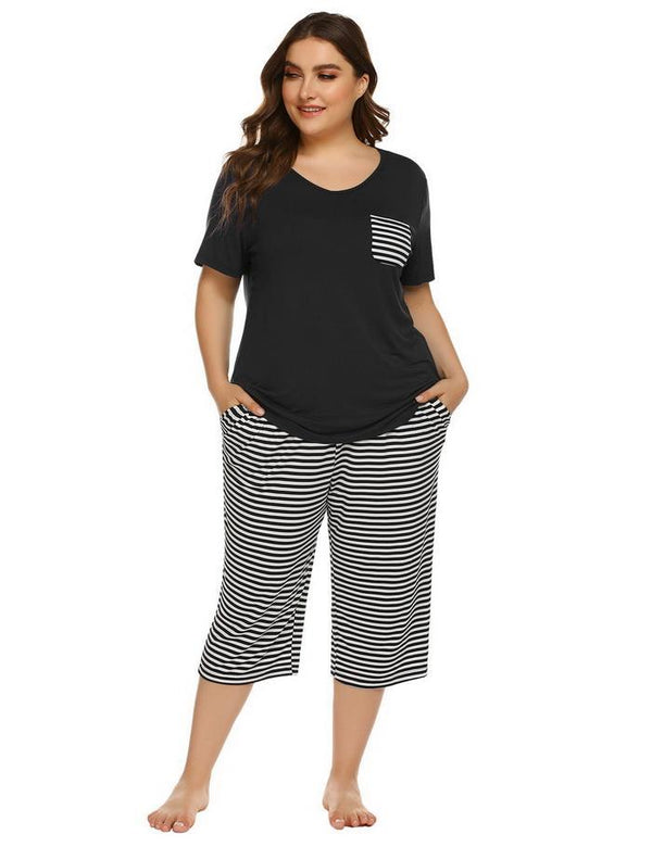 Plus Size Short Sleeve Tops and Striped Capri Pants Pajama Sets