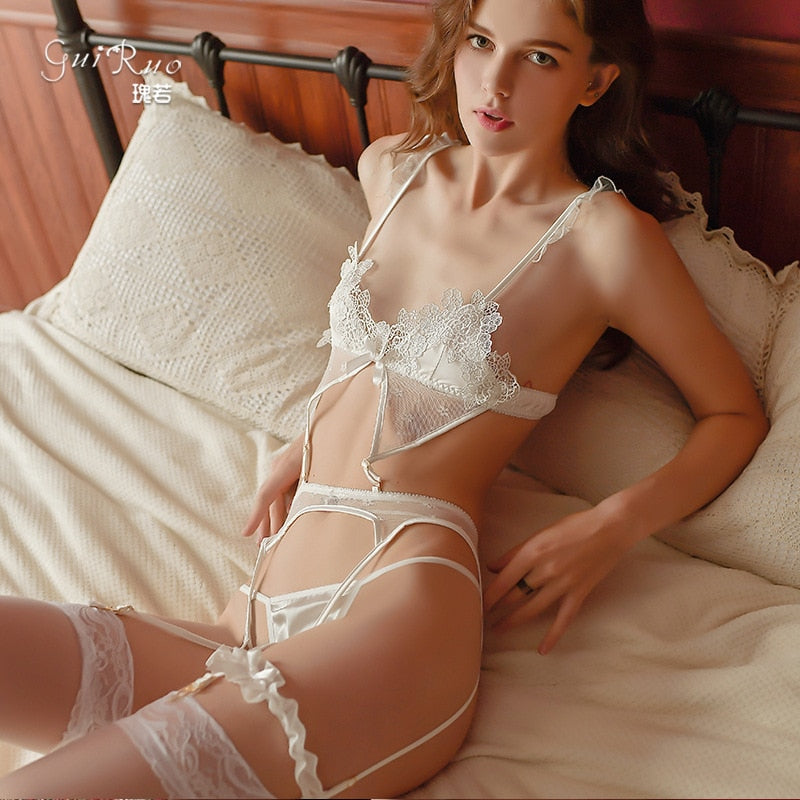 Sexy Lace Floral Wire Bra and Panty with Garter Set