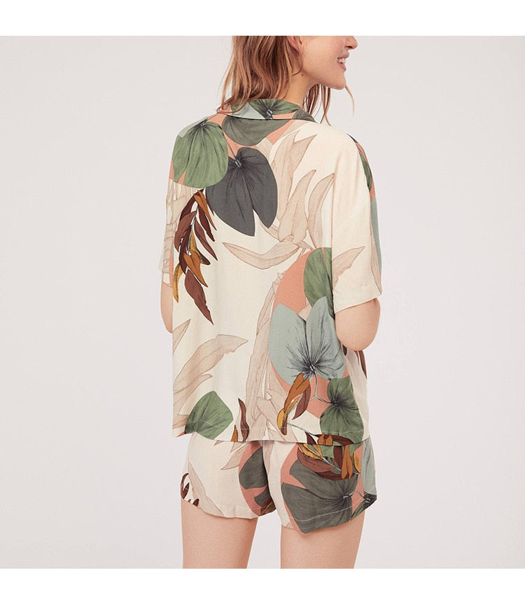 Short-sleeved Leaf Print Pajamas Set