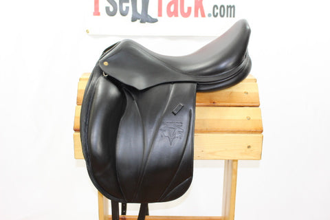 "AVAIL - 2012 Voltaire Adelaide Dressage 18.5"" 4A Flaps 4.5"" Tree"