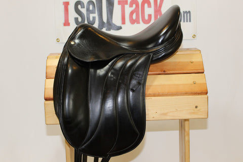 "ON TRIAL - 2004 Devoucoux Milady Dressage. 17.5"" 2 flaps. Full calf/buffalo."