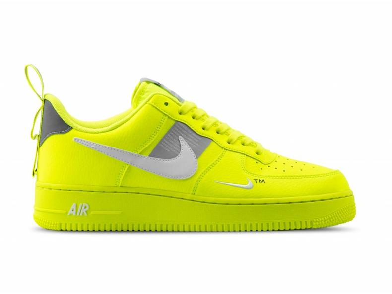 low priced 29fa6 76554 Air Force 1 '07 LV8 Utility Volt White Black Wolf Grey