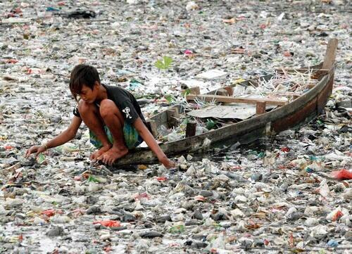 There are plastics in our drinking water....?!