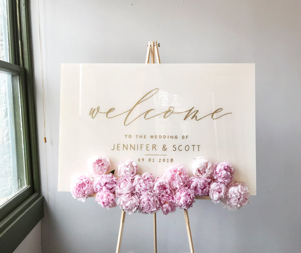 WHITE ACRYLIC WELCOME SIGN