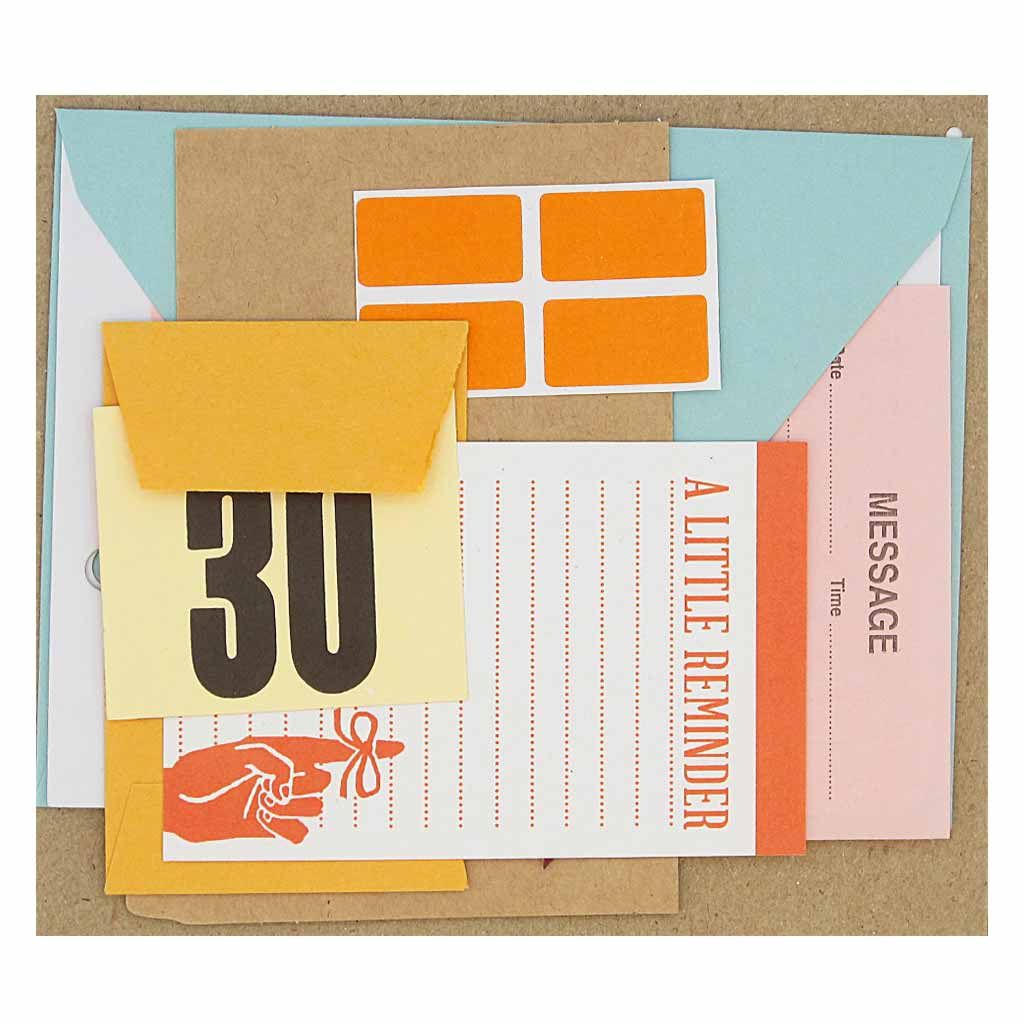 This pack of paper ephemera contains a beautiful assortment of stationery products.