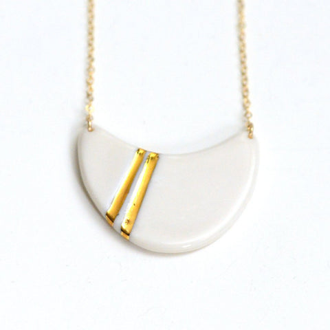 Gold Striped Wave Necklace