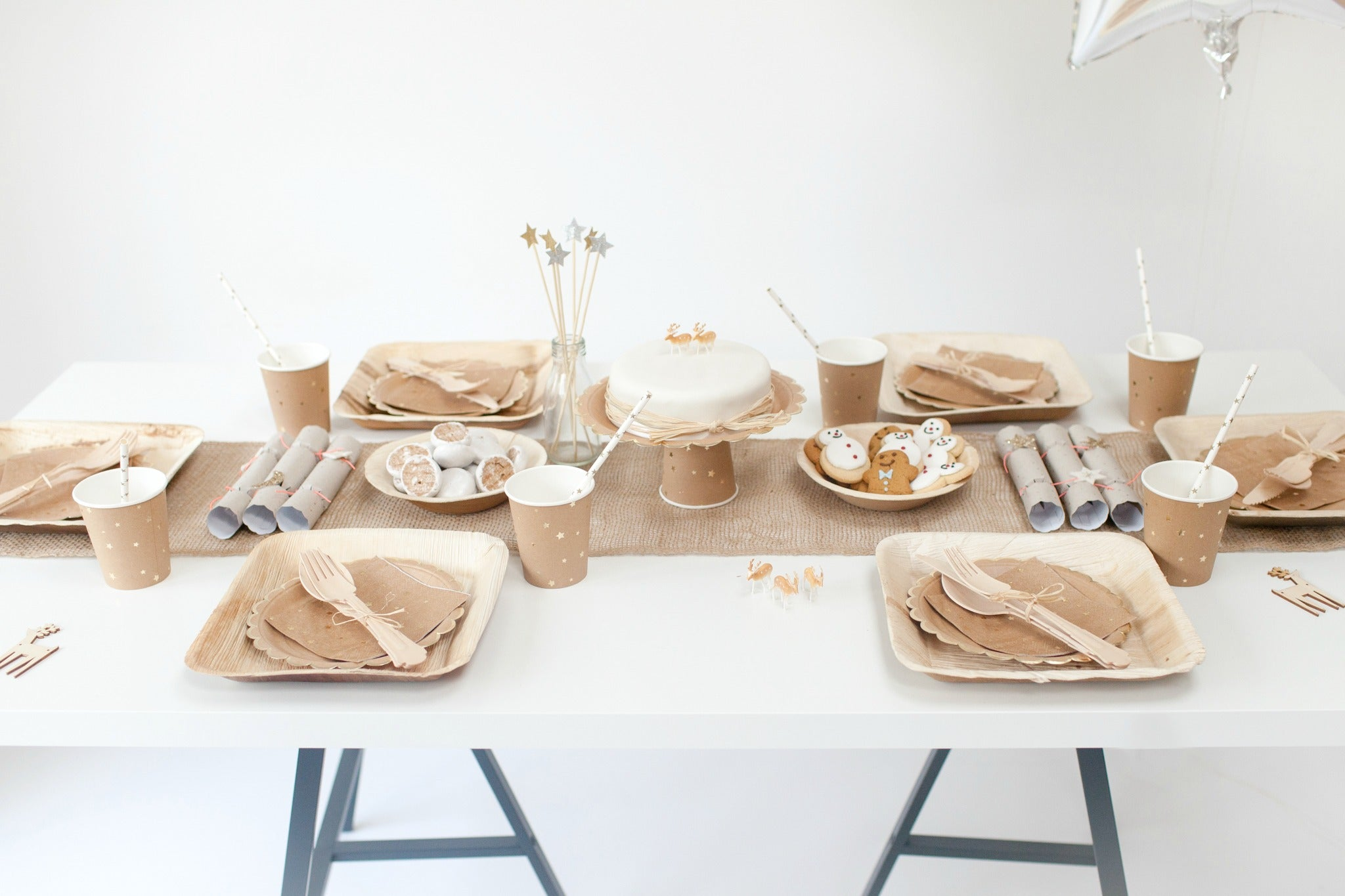 Natural christmas Style Table